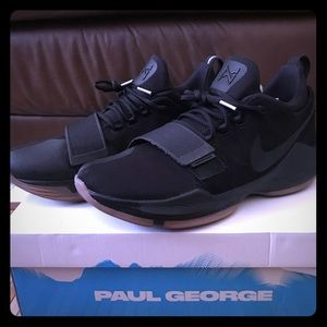 Nike PG 1 Mens size 11 Black